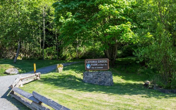 Latoria Creek Park sign